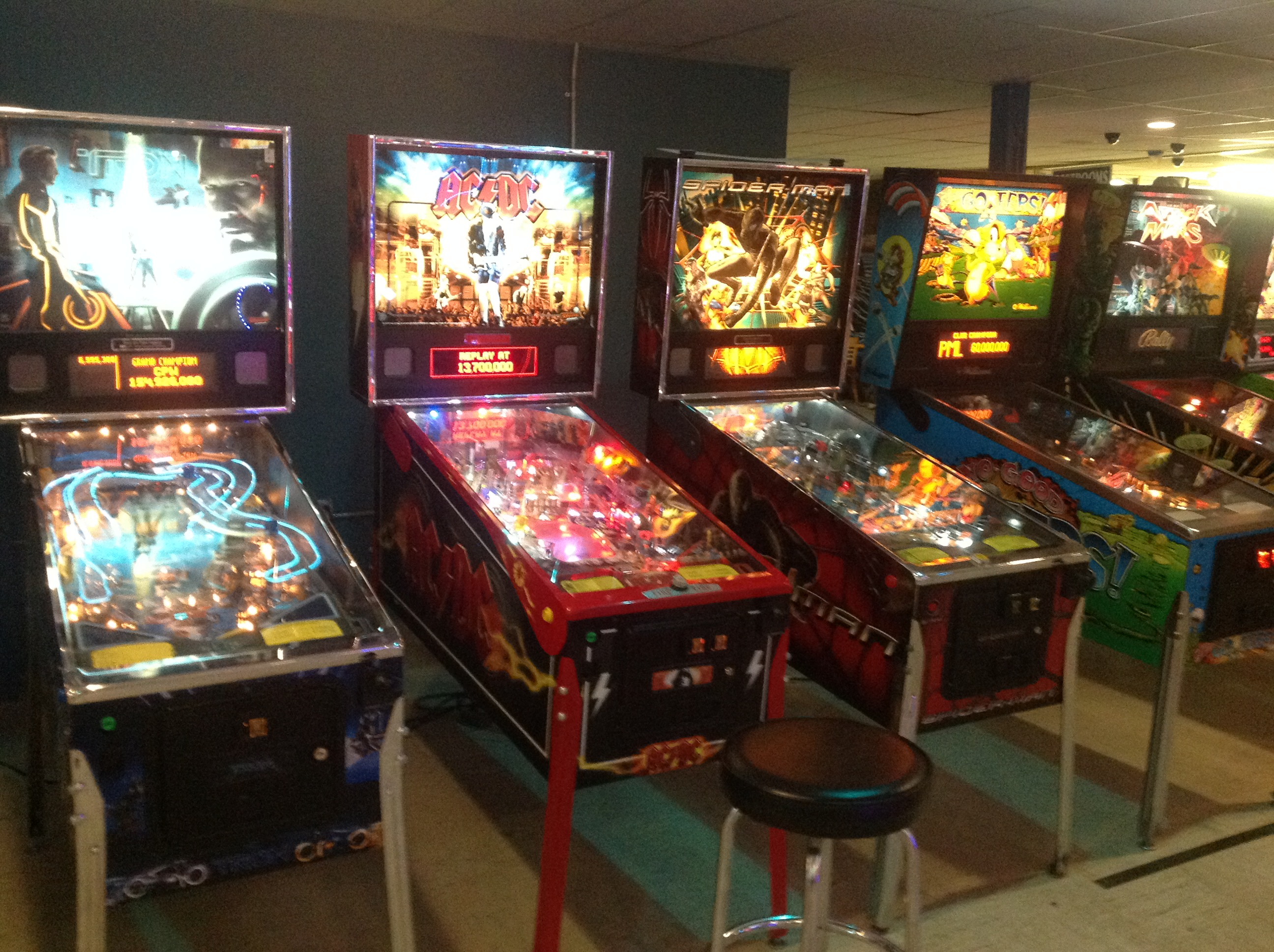 Pinball Arcade at Flippers in Grandy NC